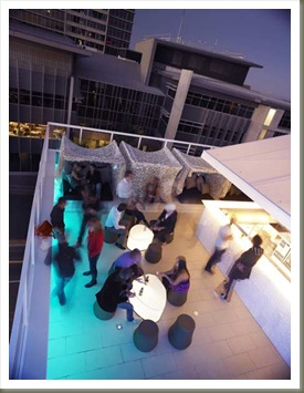 limes-hotel-by-alexander-lotersztainrooftop_bar