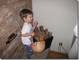 henry finds the kindling egg