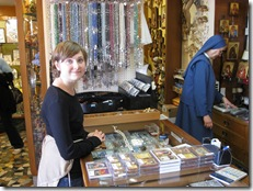 kristine buying souvenirs at st peters