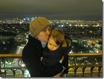 kris kisses henry eiffel tower feb 22 2008